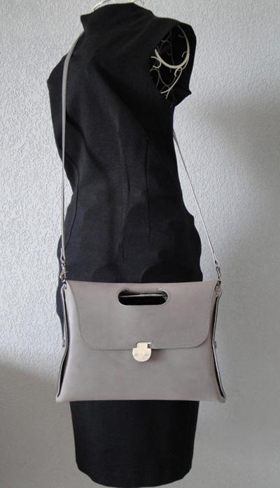 Sac pochette surprise
